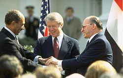 250px-Flickr_-_Government_Press_Office_(GPO)_-_The_Triple_Handshake