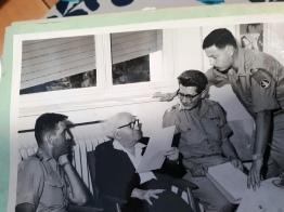 מפקד המדרשהtwo הצבאית עם בן גוריון
